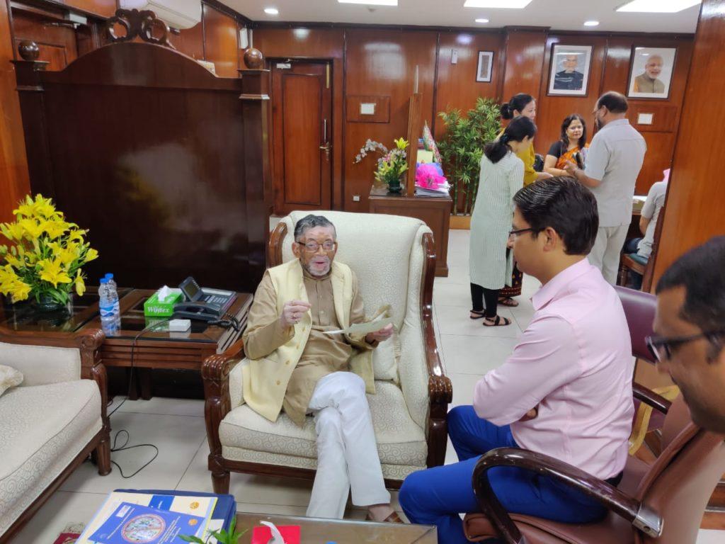 MP Raju Bista meets Union Minister Santosh Gangwar